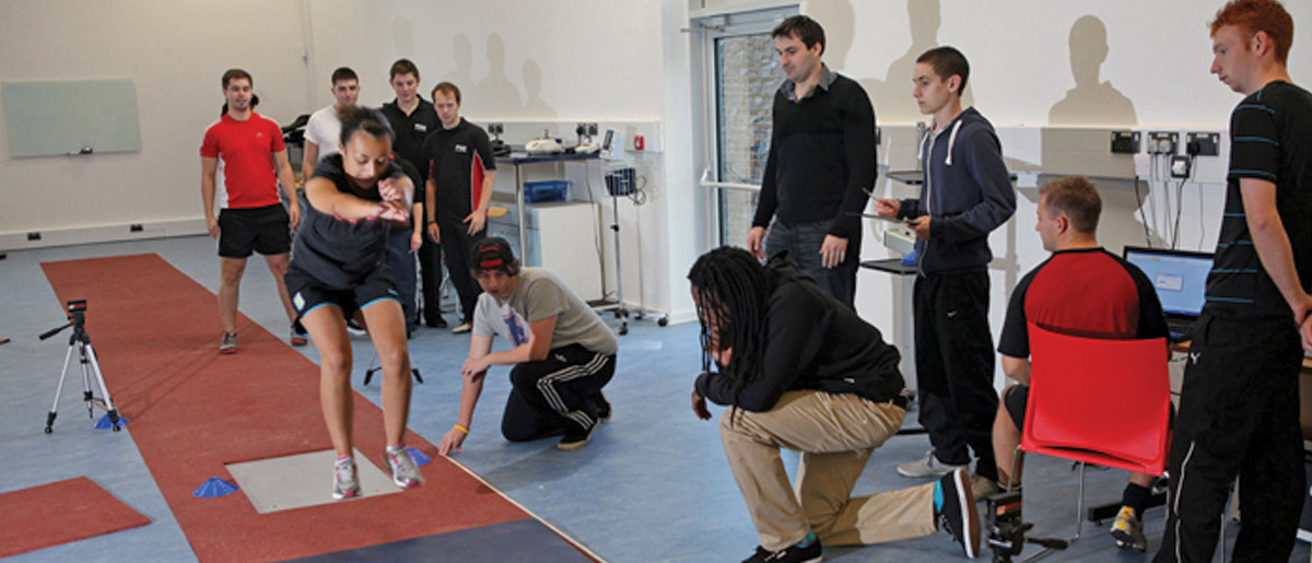 sport student jumping